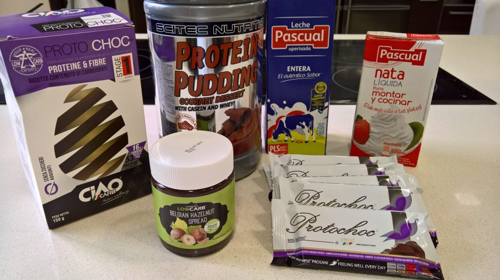 Ingredientes de la receta LowcCarb de helado Muerte por Chocolate